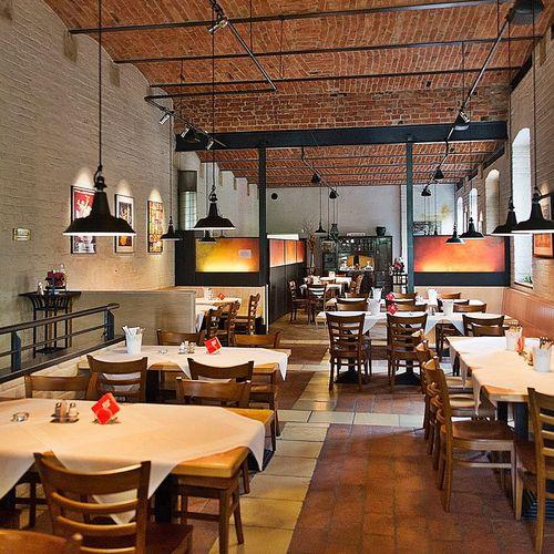 """Friendly atmosphere in the restaurant """"Zur Fabrik"""""""